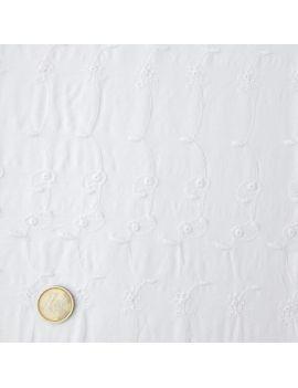 blanc brodé